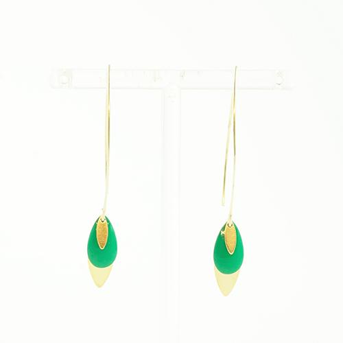boucle d'oreille émail argenté lea vert sur fond blanc