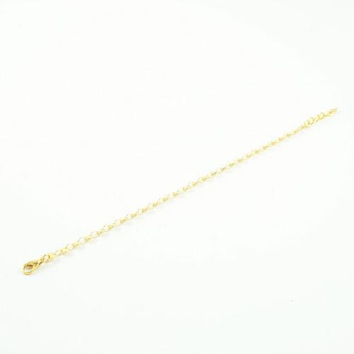 bracelet plaqué or roa e forme d'aneaux sur fond blanc