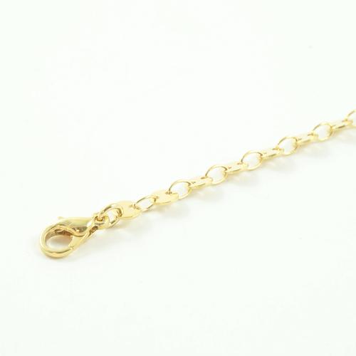 bracelet plaqué or roa e forme d'anneaux sur fond blanc