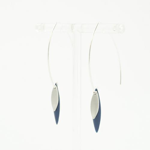 boucle d'oreille émail argenté sonia bleu pétrole sur fond blanc