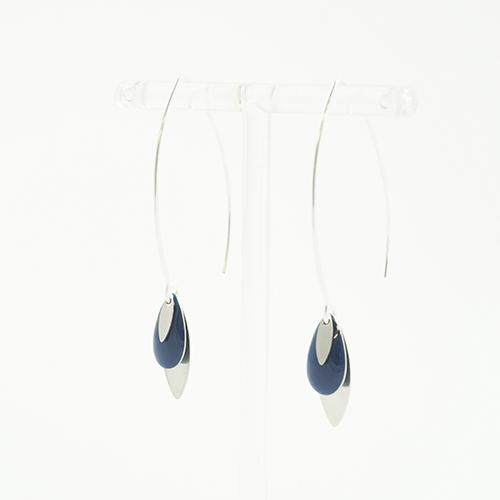 boucle d'oreille émail argenté léa bleu petrole sur fond blanc