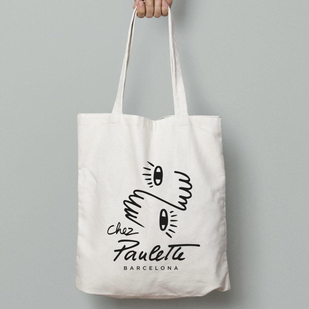 tote bage blanc avec logo chez paulette barcelona
